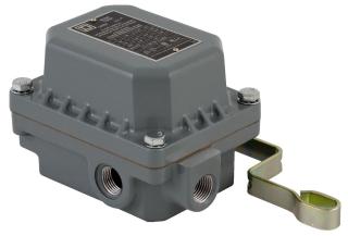 SQUARE D 9036DR31 : FLOAT SWITCH 575VAC 1HP D +OPTIONS